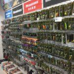 台北の釣具屋さん。日本のものごっついあります。漁拓釣具