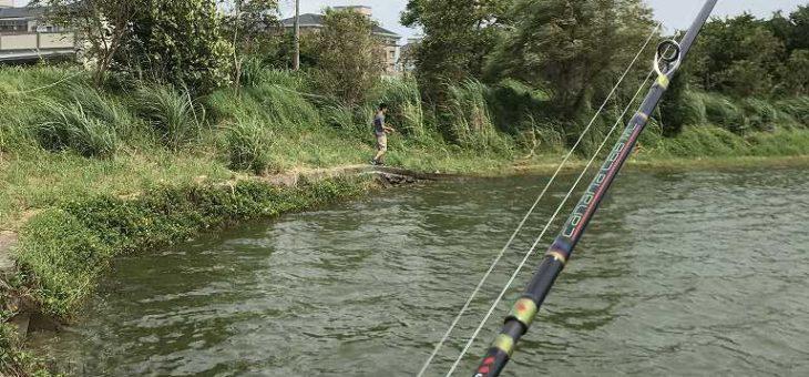 ルアー初心者とブラックバス釣りに出かける:市外桃源休閒釣魚池